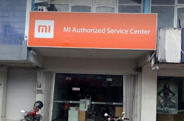 8 Bawa ke Service Center Resmi Xiaomi