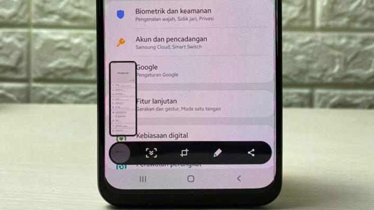 Cara Screenshot HP Samsung A11 Panjang